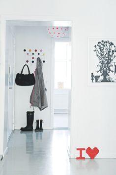 Plus de 1000 id es propos de hallway entr e sur pinterest halls d 39 entr e entr e et entr e for Porte manteau eames