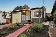 http://www.2825dohr.com/ - A simple clean design welcomes you to this three-bedroom bungalow for sale on a quiet, neighborly street in central #Berkeley.