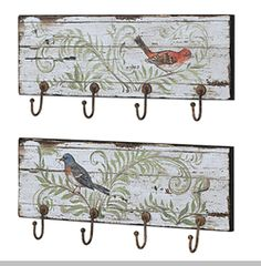 Invite the beauty of the outdoors into your home with our useful bird wall hooks. A wonderful accent for any room of your house. Use it for towels in the bathroom or dish cloths in the kitchen. Metal Wall Decor, Diy Wall Decor, Metal Wall Art, Home Decor, Scrap Wood Crafts, Diy Wood Projects, Iron Furniture, Painted Furniture, Wall Plaques