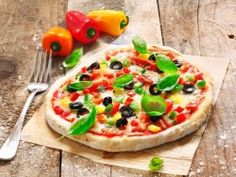 Pizza with Peppers Wallpaper