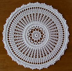 """Harmony"" from Leisure Arts ""Absolutely Gorgeous Doilies"" by Patricia…"