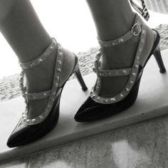 Zapatos de inspiración Valentino de www.que-guapa.com