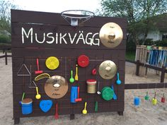 Build an outdoor music wall fo Preschool Director, Outdoor Learning Spaces, Diy And Crafts, Crafts For Kids, Music Lessons For Kids, Natural Playground, Kids Play Area, Outdoor Classroom, Music Wall