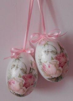 ružové vajíčka...
