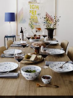 Blue Fluted Plain table setting.