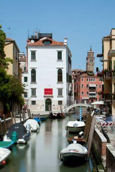 Palazzo Cini in Venice opens to the public again presenting Tuscan and Ferrarese masterpieces from the Vittorio Cini Collection http://www.venezia.net/23/05/2014/palazzo-cini-apre-le-sue-porte.html