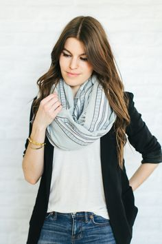 67 Trendy how to wear a blanket scarf aritzia Fall Outfits 2018, Fall Outfits For Work, Night Outfits, Fall Winter Outfits, Fashion Outfits, How To Wear A Blanket Scarf, Summer Scarves, Skirt Outfits, Fashion Boutique