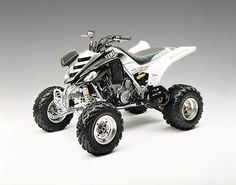 Yamaha Raptor... me want!!!