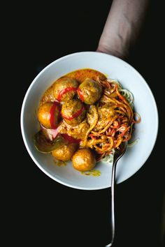 Curry Fishballs Ramen | ladyandpups