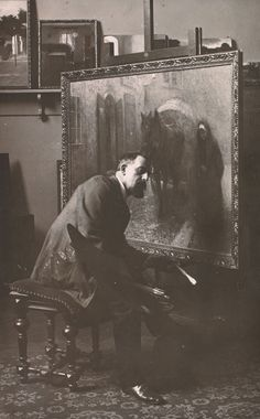 Jakub Schikaneder in the studio at the School of Decorative Arts, (1905), Archive of the National Gallery in Prague. By Zikmund Reich.