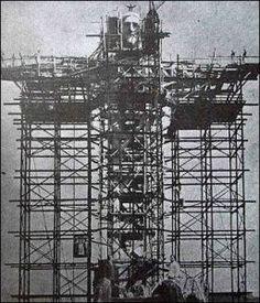 costruzione della statua del Cristo redentore a Rio de Janeiro
