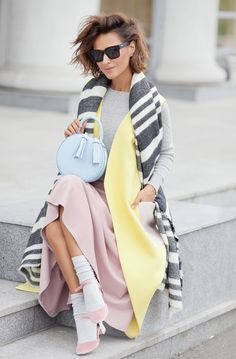 playful fall outfit, striped scarf Zara, blue round bag, pastel colors outfit for fall, Ellena Galant Girl,