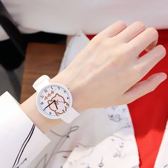 sports watches that track distance Daisy Wallpaper, Pink Wallpaper Iphone, Pretty Hands, Beautiful Hands, Fancy Watches, Valentine's Day Poster, Vintage Watches Women, Hand Reference, Hand Care