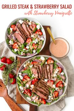 Introducing the perfect lunch idea: Grilled Steak and Strawberry Salad recipe with Strawberry Vinaigrette dressing! This steak salad with strawberries will keep you full AND it's healthy and delicious. Healthy Stir Fry, Healthy Grilling Recipes, Quick Healthy Meals, Healthy Salad Recipes, Vegetarian Grilling, Barbecue Recipes, Barbecue Sauce, Recipes For Steak, Quick Summer Meals