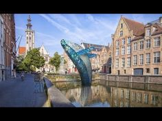 During the Bruges Triennial, the statue of Jan van Eyck will be confronted with a blue whale, a gigantic sculpture built from waste materials, recovered from. Bruges, Most Romantic, Contemporary Artists, Architects, Centre, September, Presents, Ocean, Plastic