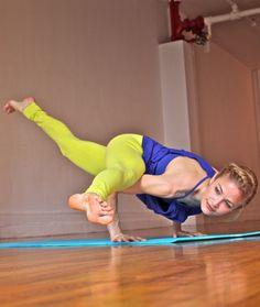 Step-by-Step Breakdown: Split-leg Arm Balance #yoga
