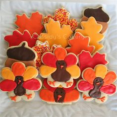 Cassidy's Cakery: Thanksgiving cookies