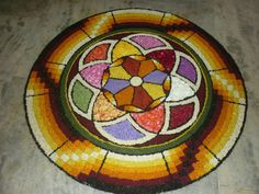 Rangoli Designs Flower, Flower Rangoli, Onam Pookalam Design, Indian Fashion, Decorative Plates, Floral, Flowers, Indian Style, Home Decor