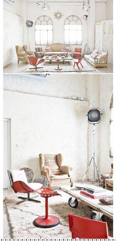 Manolo Yllera photographer's studio.