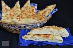 Focaccia cu mozzarella - CAIETUL CU RETETE Party Cakes, Mozzarella, Pizza, Bread, Desserts, Food, Shower Cakes, Tailgate Desserts, Dessert