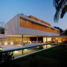 Admirable Compact House Architecture with Small Swimmingpool