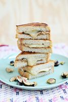 FGC: Almond Butter & Figs - A Beautiful Mess @anna33