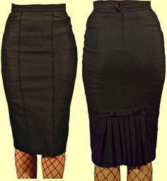 Stop Staring Black Pleats Skirt, is it wrong that I have this in 3 colors?