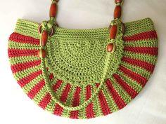 Crocheted Nylon Purse, Green and Red.. via Etsy.
