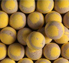 Honey Bee Bath Bomb - £3.25