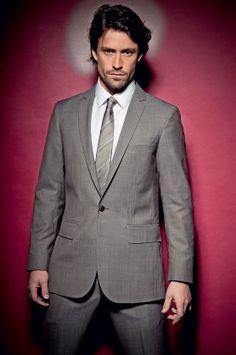 Conheça o ator brasileiro que é a maior estrela das novelas...no Chile - http://epoca.globo.com/colunas-e-blogs/bruno-astuto/noticia/2013/12/conheca-o-ator-brasileiro-que-e-bmaior-estrelab-das-novelasno-chile.html (Foto: Divulgação)