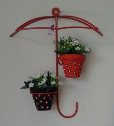 Creative Mini Garden Ideas to Beautify Outside Walls On A Budget Diy Garden Decor, Garden Crafts, Garden Projects, Garden Art, Garden Design, Unique Plants, Unique Flowers, Vertikal Garden, Tuscan Garden