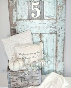 33 Trendy Old Door Decor Farm House Old French Doors, Old Doors, Rustic Farmhouse Decor, Farmhouse Chic, Old Door Decor, White Doors, Porch Decorating, Shabby Chic Decor, Home Living Room