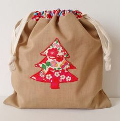 Mad For Fabric - Reversable Drawstring Gift Bag