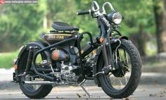 This is photo base modification Honda Astrea Star 1993 and below is after modification Vintage Moped, Vintage Motorcycles, Custom Motorcycles, Custom Bikes, Honda Cub, Sidecar, Scooters, Motorcycle Art, Mini Bike