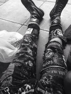 Ⓐ//Ⓔ Grunge Goth, Punk Goth, Anarcho Punk, Patch Pants, Crust Punk, Punk Jackets, Battle Jacket, Riot Grrrl, Punk Outfits