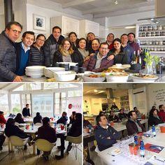 Nuestro súper grupo de hoy en el Nivel 1 en Vinos de la @wsetglobal en el estudio de nuestra aliada en Colchagua @foodandwinestudio y nuestro profe @nicolas_farias_torres   Tenemos alumnos de @estampawine de @vik_wine @lapostollewines además de aficionados que quieren saber en serio de vinos...FELICIDADES!!!