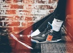 Jordan 4 Retro Motorsport Away Basketball Shoes