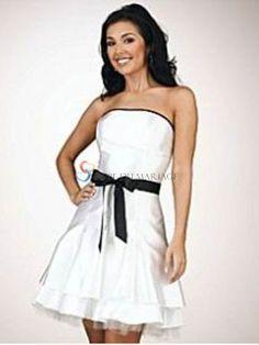 Robe noire et blanc classe