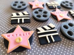 Fondant movie, Oscar, Hollywood themed party, fondant cupcake toppers, fondant star, fim reels, clapboards, movie, celebrity, las vegas by TopCakeDecors on Etsy https://www.etsy.com/au/listing/164015034/fondant-movie-oscar-hollywood-themed