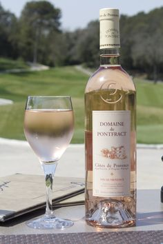 Rosé wine of Provence: DOMAINE DE PONTFRACT, appellation AOP Côtes de Provence, Vins Bréban. Gold medal at CGA, Paris. #provence #france #vins breban