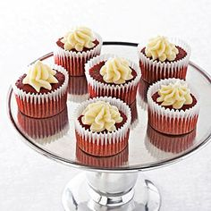 Ghirardelli Baking ~ Mini Red Velvet Cupcakes with White Mousse Recipe Impressive Results Worth Sharing. Bake with Ghirardelli. Cupcake Recipes, Cupcake Cakes, Dessert Recipes, Cup Cakes, Cupcake Ideas, Mini Desserts, Yummy Recipes, Dessert Tray, Dessert Dips