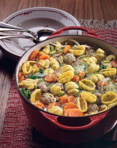 Nudelsuppe aus dem Ofen - smarter - Kalorien: 425 Kcal - Zeit: 1 Std. | eatsmarter.de
