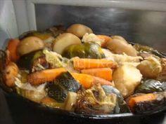 OVEN HANGI - copyright@TheresaSullivan 2011.wmv - YouTube Kiwiana, Pot Roast, Fish Recipes, Oven, Good Food, Mamma Mia, Meals, Healthy, Ethnic Recipes
