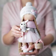 If you really like arts and crafts you actually will appreciate this website! Pretty Dolls, Cute Dolls, Beautiful Dolls, Doll Toys, Baby Dolls, Sewing Dolls, Waldorf Dolls, Soft Dolls, Diy Doll
