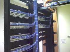 These images of proper cable management will make OCD geeks and IT managers really, really happy. Structured Cabling, Innovation Management, Server Rack, Network Engineer, Cable Organizer, Network Cable, Cable Management, Wire Management, Computer Network