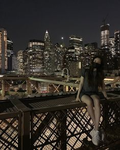 Nyc Life, Yu Jin, City That Never Sleeps, Night City, City Girl, Dream Life, Girl Group, Rapper, Louvre