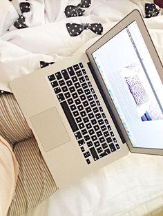 macbook air, pyjamas, pink, white, hm home, blog