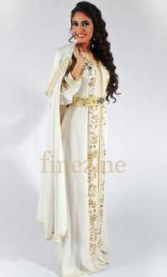 caftan - sanaa Hijab Dress Party, Moroccan Caftan, Henna, Kimono Top, Glamour, Kaftans, Womens Fashion, Architecture, Dresses