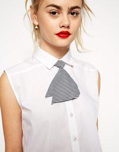 Vergrößern ASOS – Gestreifte Mini-Krawatte