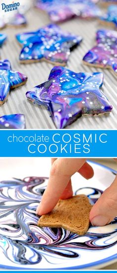 Prepare for lift off…Starry sprinkles and a marbled cosmic frosting take these space-inspired cookies to a new dimension. Chocolate Crinkle Cookies, Chocolate Crinkles, Iced Cookies, Cut Out Cookies, Cake Cookies, Sugar Cookies, Cupcake Cakes, Galaxy Cookies, Galaxy Cupcakes